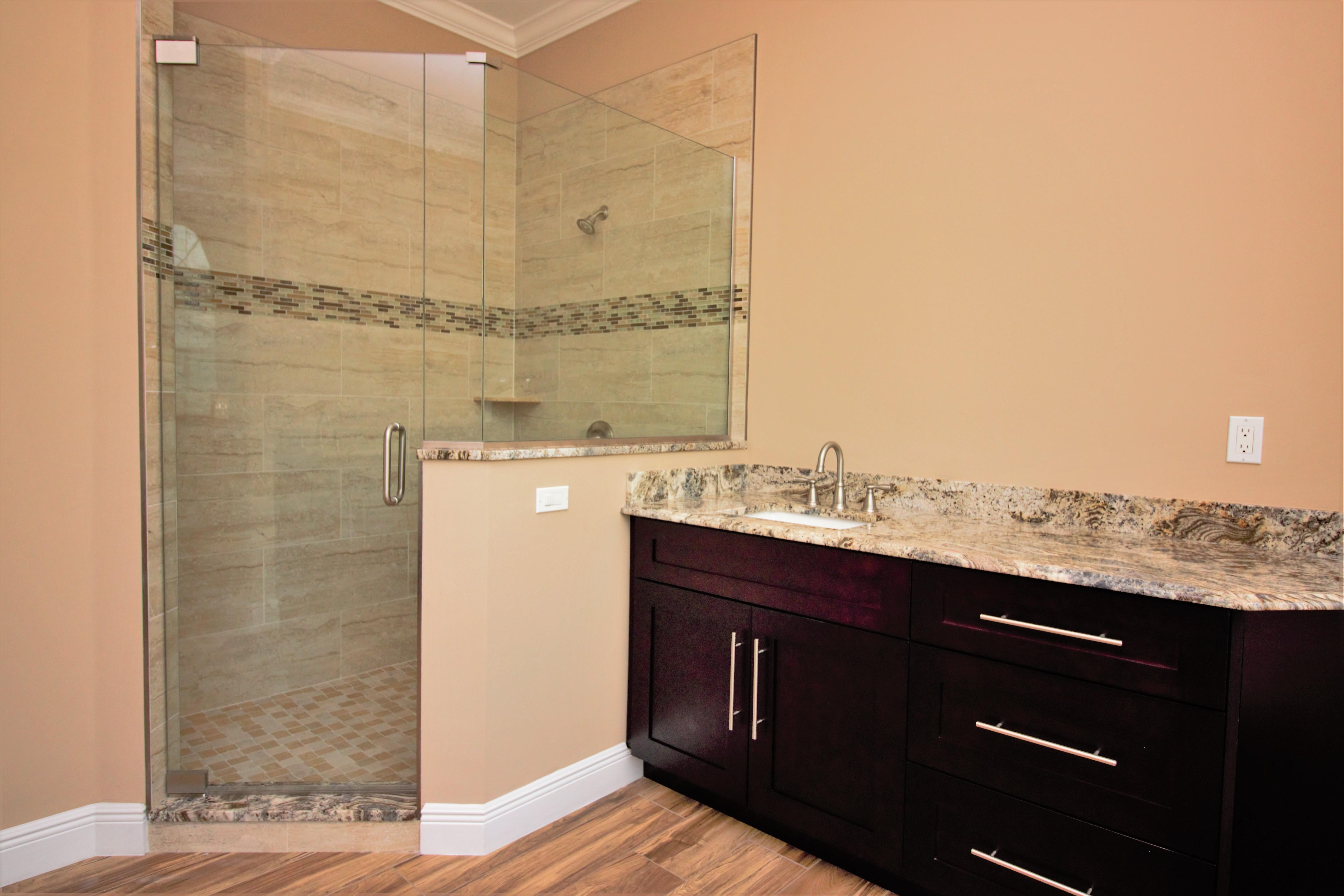 Custom home master bath shower
