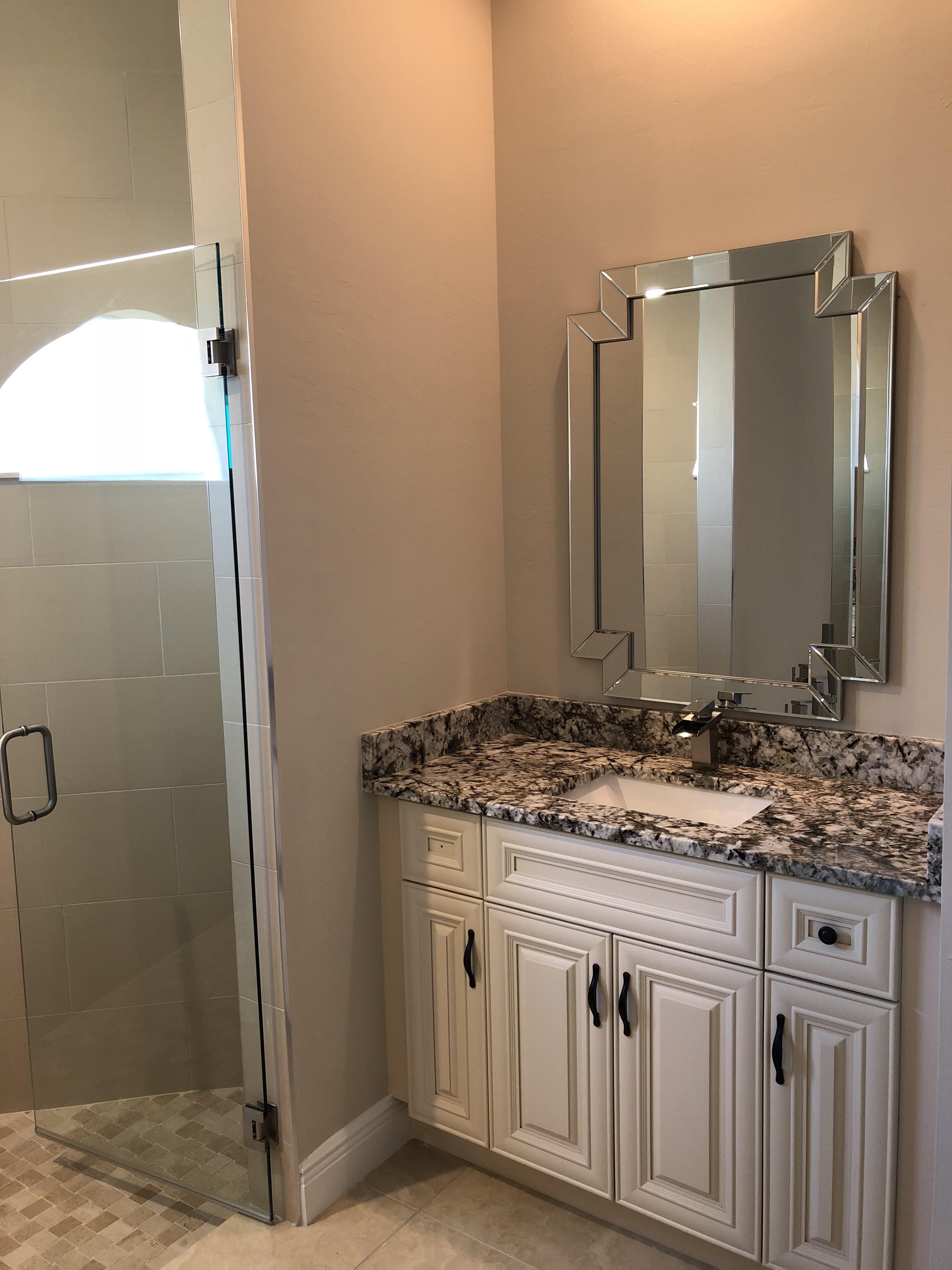 Marquesa Custom interior bathroom