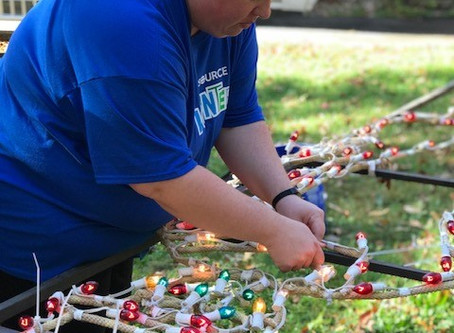 Sponsors and Volunteers Needed FOR hOLIDAY lIGHT FANTASIA PRESENTED BY JOHNSON BRUNETTI
