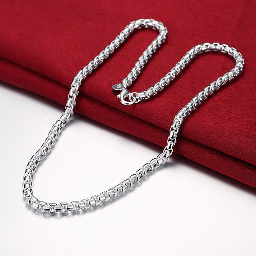 Necklace in 18K White Gold Plated
