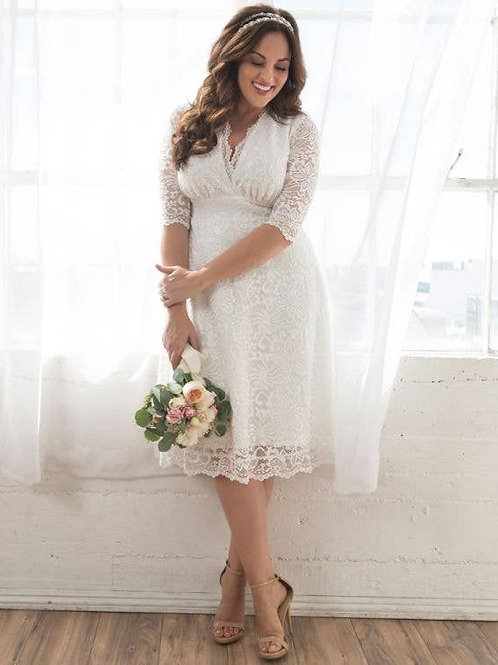 Bella Lace Dress Plus Size