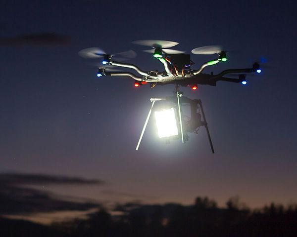 drone-led-vidmuze-02b.jpg