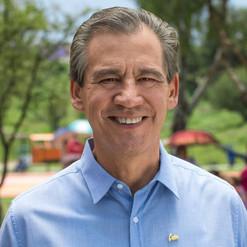 Héctor López Santillana entre los mejores 10 alcaldes