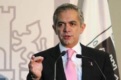 Mancera propone crear un equipo de empresarios para renegociar TLC