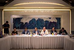Diputado Miguel Salim va por la regulación de plataformas digitales
