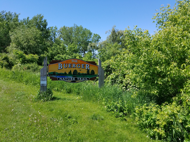 buerger trail sign.png