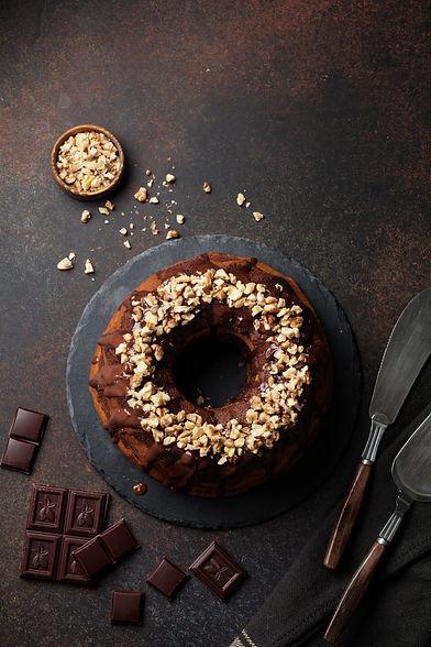 chocolate-pumpkin-bundt-cake-with-chocol