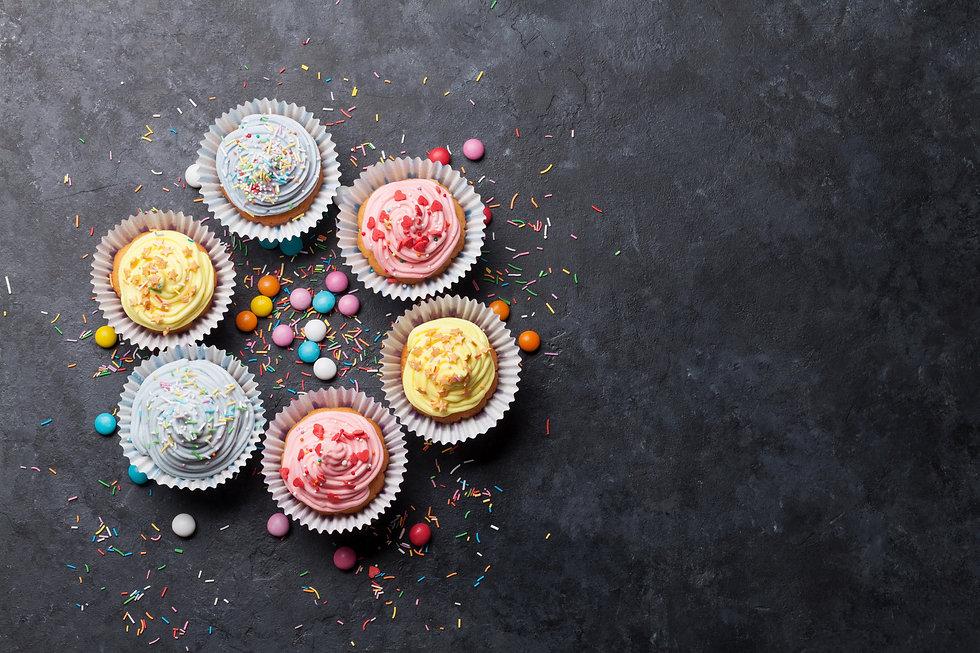 sweet-cupcakes-PV89GHR.jpg
