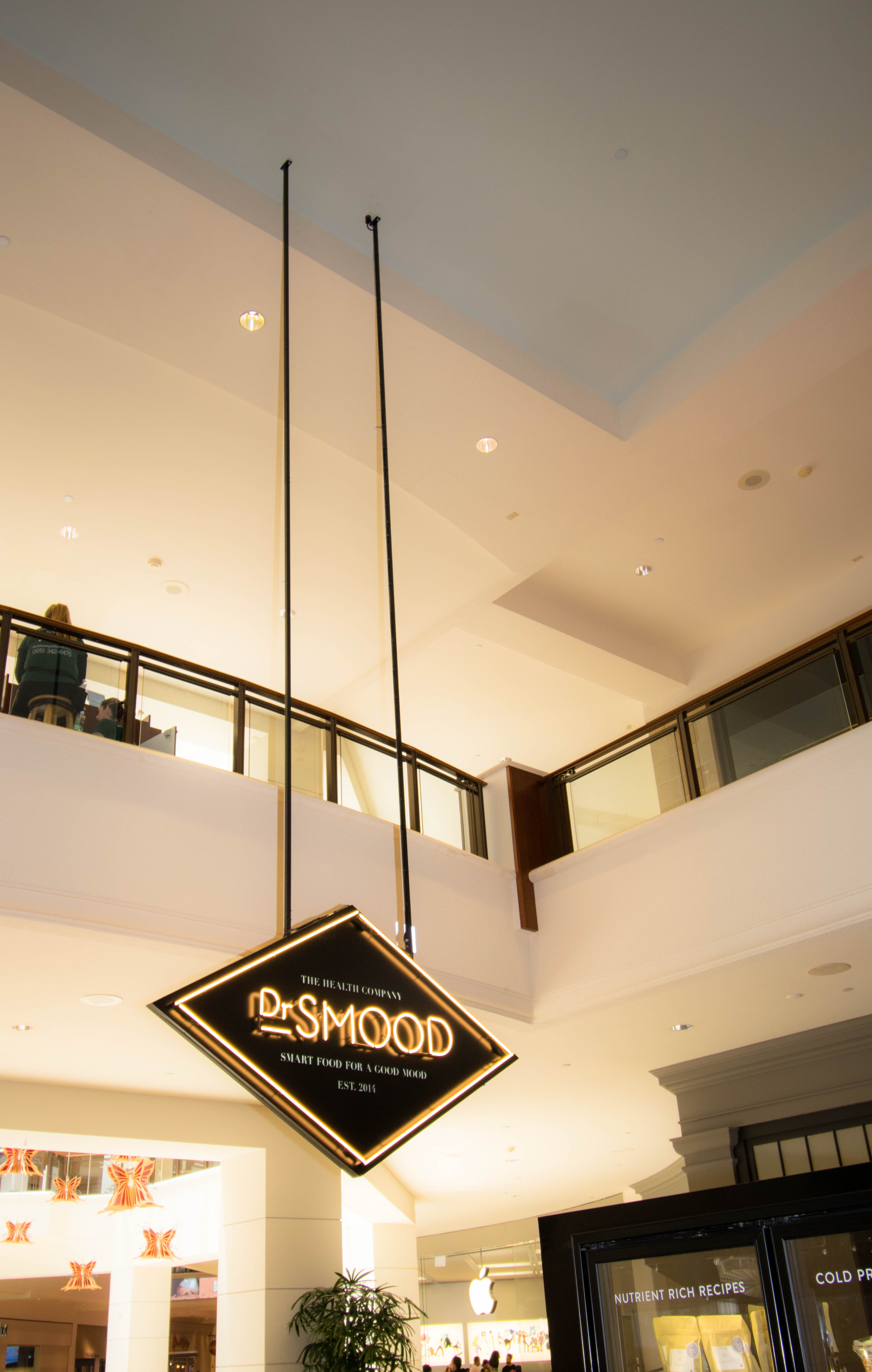 Dr. Smood, Aventura Mall, FL