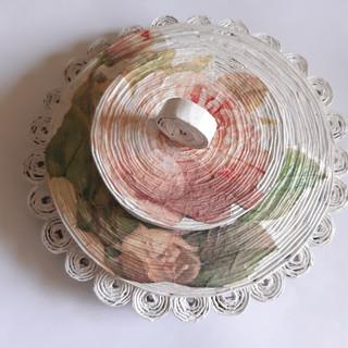 Deckeldose Rosen mit Dekorand