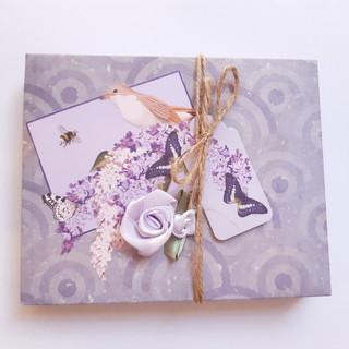 Schachtel Vogel lila