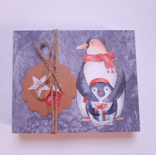 Schachtel                                      Pinguin