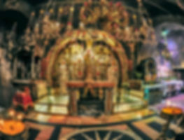 Altar-Crucifixion-Church-of-the-Holy-Sep