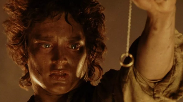 The Lord of the Rings has a classic 'Quest' storyline