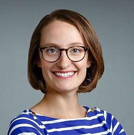 Lindsay Davis Professional Headshot crop