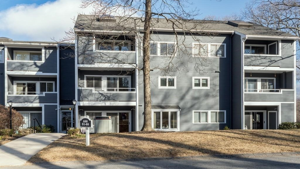 400 Colonial Drive
