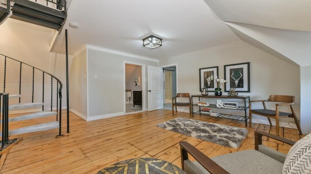 295 Washington Avenue Unit