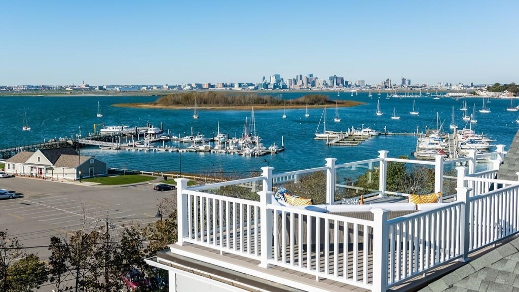 4 Harbor View Avenue