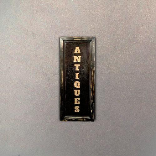 """Cartel """"Antiques"""" Gigante"""