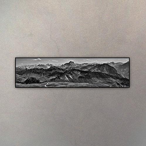 Paisaje Montañoso Panorámico I