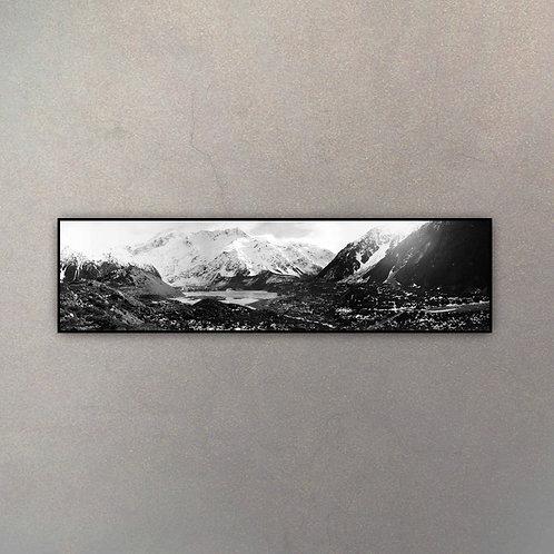 Paisaje Montañoso Panorámico II