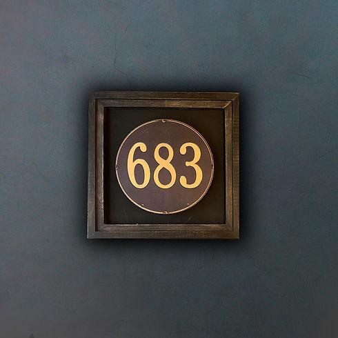 683 fondo.jpg