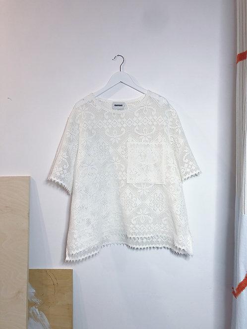 T-shirt z koronki M/L