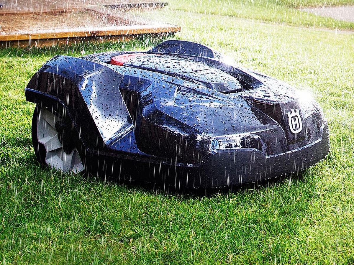 husqvarna-automower-robotic-lawn-mower-4