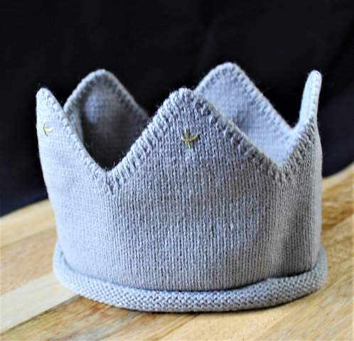 Knitted Grey Crown