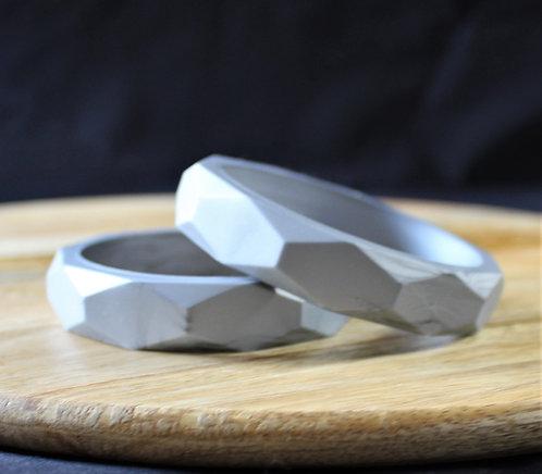 Geometric Bangle in Silver