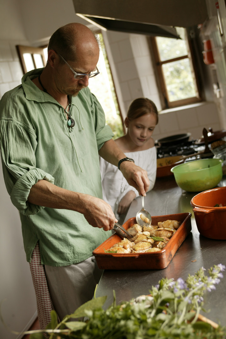 cooking-for-clients-Castillejos-Retreat-