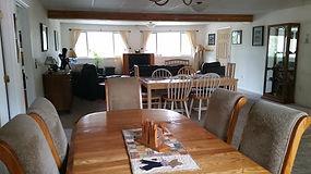 Kenai Lake Escape Dinnng Table