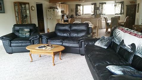 Kenai Lake Escape Living Room