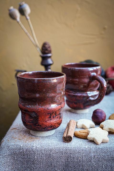 Wobble teacups