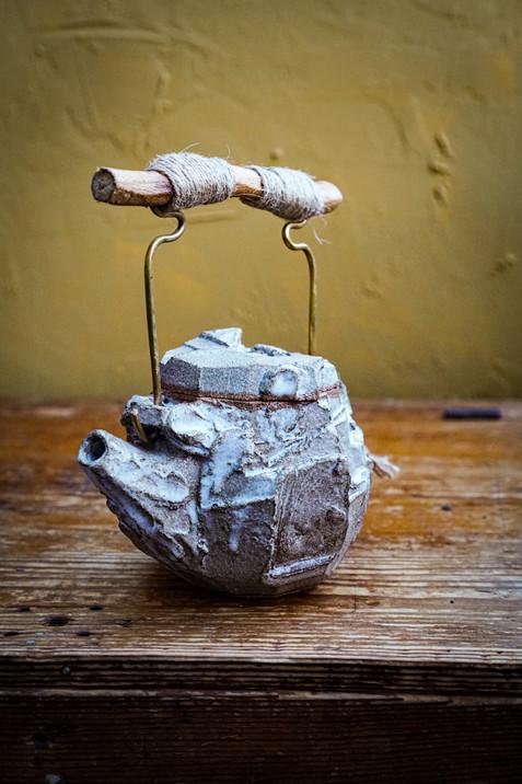Kurinuki teapot