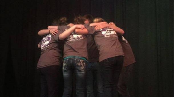 HV Team in Prayer