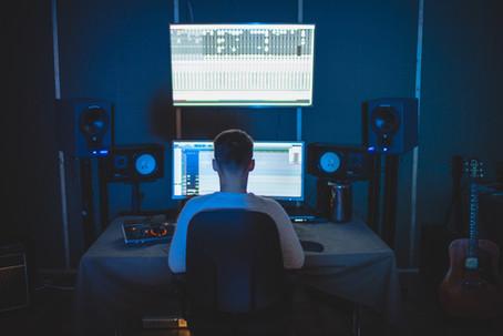 Reportage — Beatmakers et producteurs, travailleurs de l'ombre?