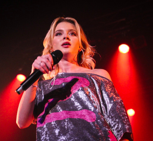 Zara Larsson live review