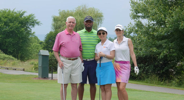 Golfer Team - T&T Consulting