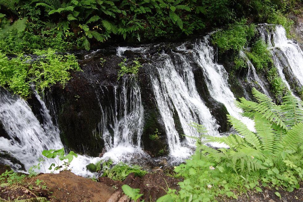 Waterfall_Japan.jpg