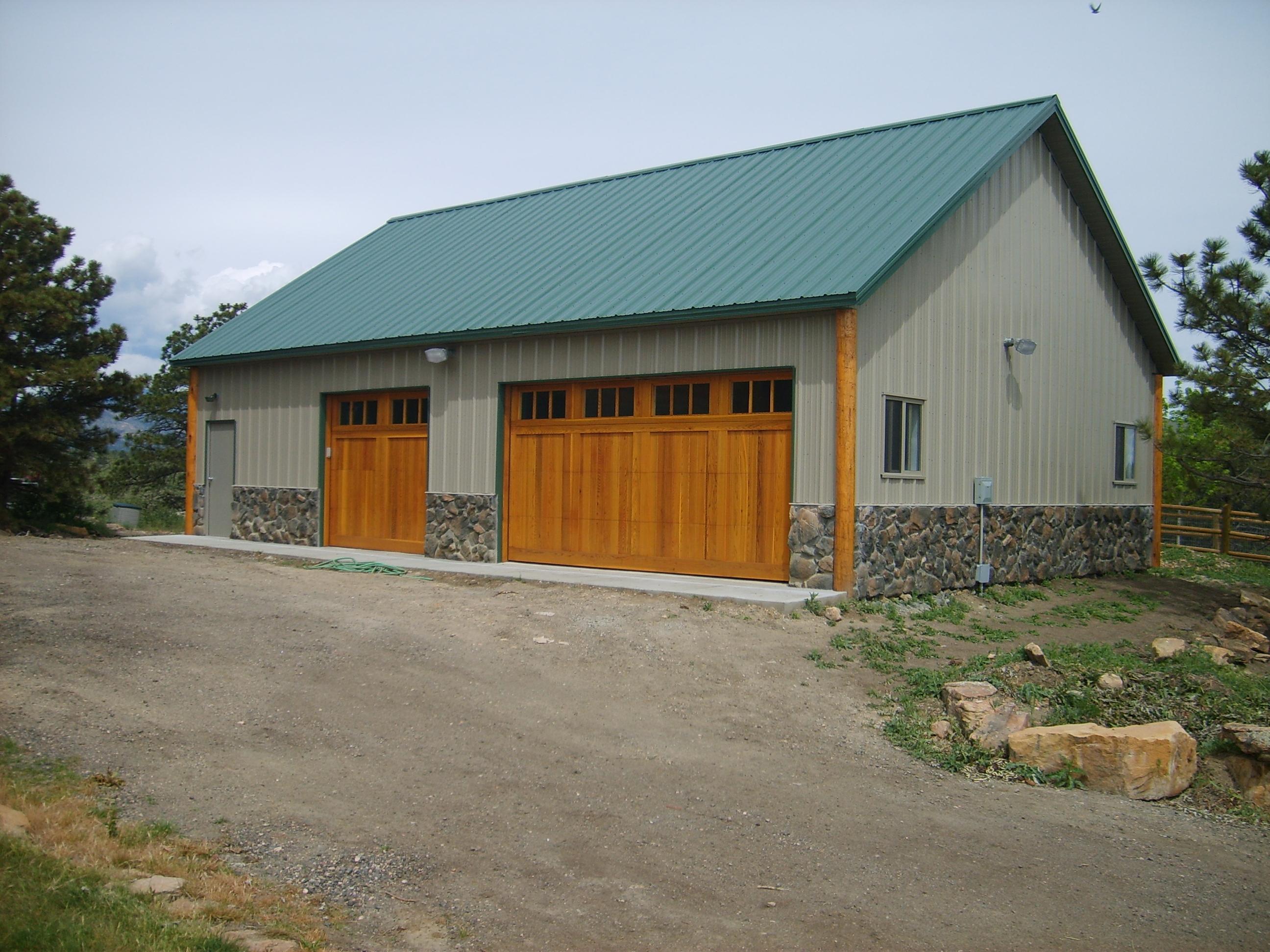 Garage/Hobby Building