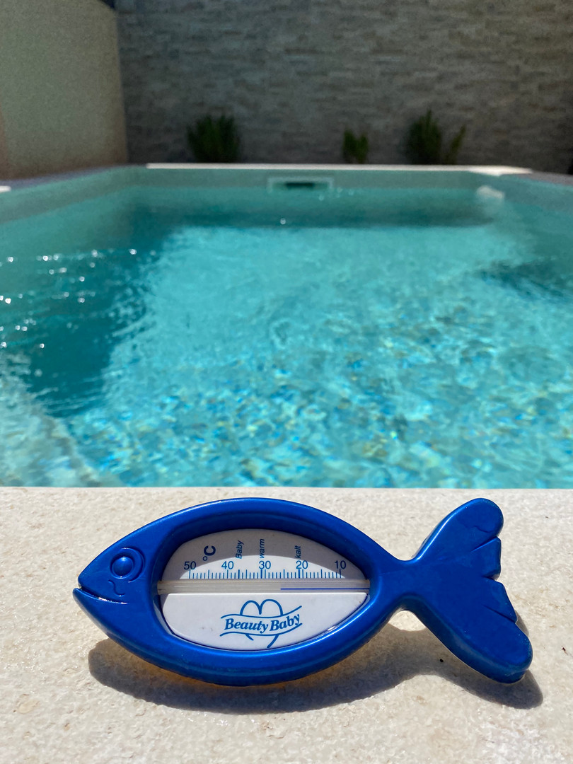 The water in the pool is usually between 25-30 degrees in the summer months ...