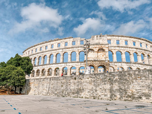 Pula with its amphitheater is 15 km away from our house...