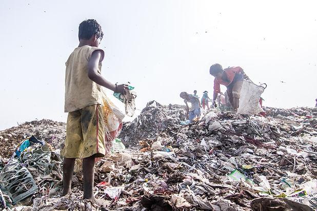danvanmoll_india_landfill_0475.jpg