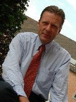 Teacher - Eric van der Stichelen_edited.