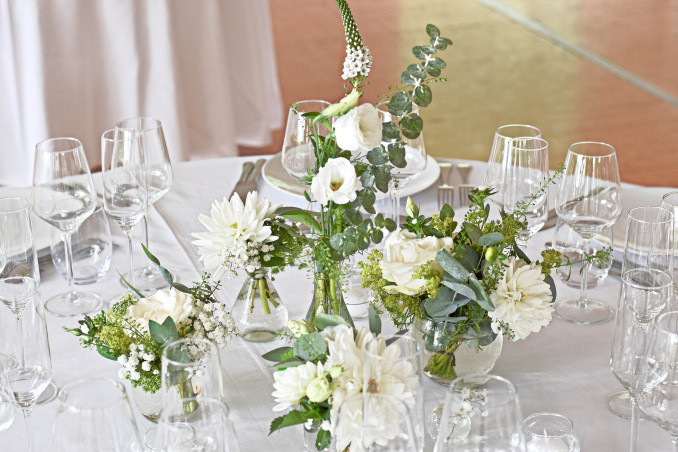 Décor de table blanc