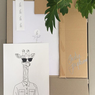 Hipster giraffe 🦒👓_._._#hipster #hipst