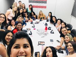 Será que a Aula de Maquiagem no Coworking Barreiro, este final de semana, foi sucesso?