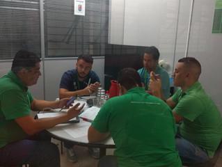 Todas as manhãs a equipe da Performa Brasil, empresa especializada em meios de pagamentos, se reúnem