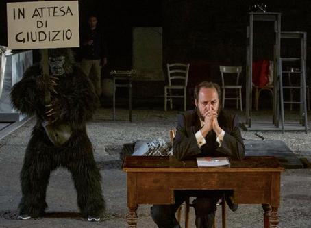 GIANNI CARLUCCIO, HUBERT WESTKEMPER | È una commedia? È una tragedia?/In attesa di giudizio